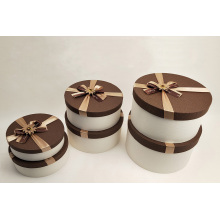 Beautiful Decorated Round Gift Decoration Box