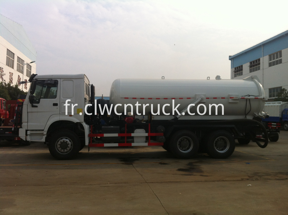 industrial vacuum trucks 2