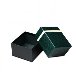 China Factories for Handmade Paper Box Square shaped logo printed gift box supply to Cambodia Suppliers
