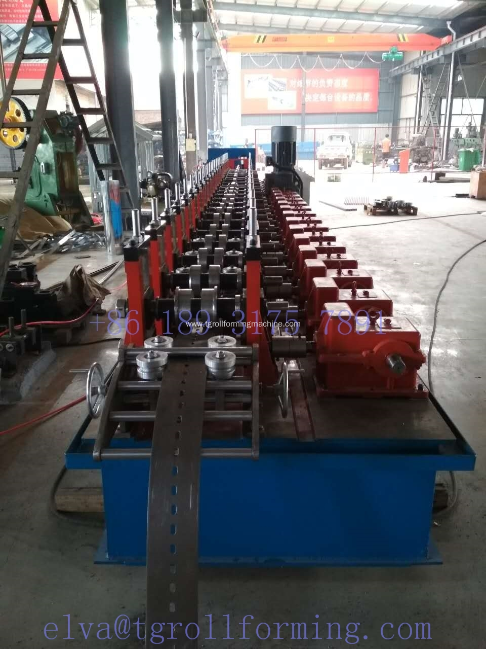 Solar photovoltaic support roll forming machine