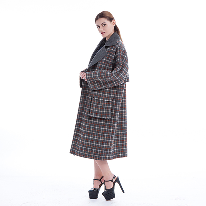 Retro lattice cashmere winter coat