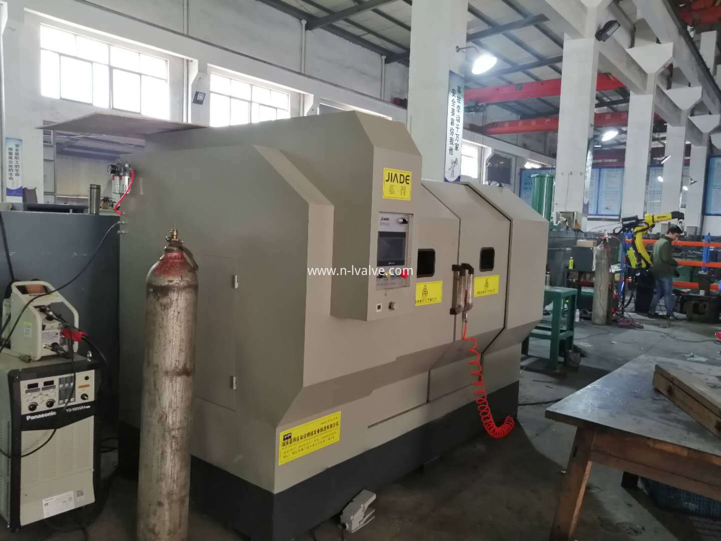 Automatic Welding Manchine