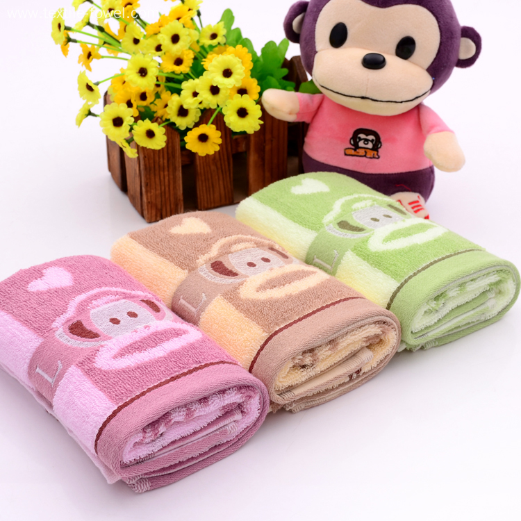 Comfortable Towels with Paul Frank Pattern