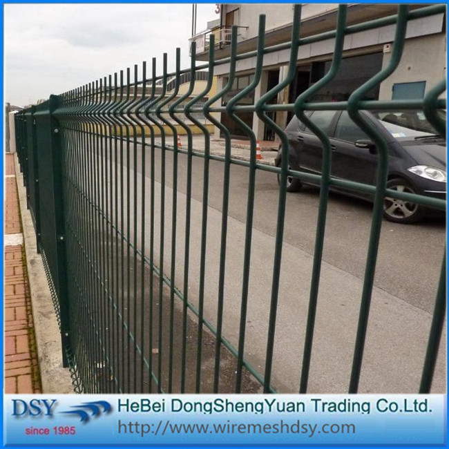Bending 3d mesh euro panel fence for sale