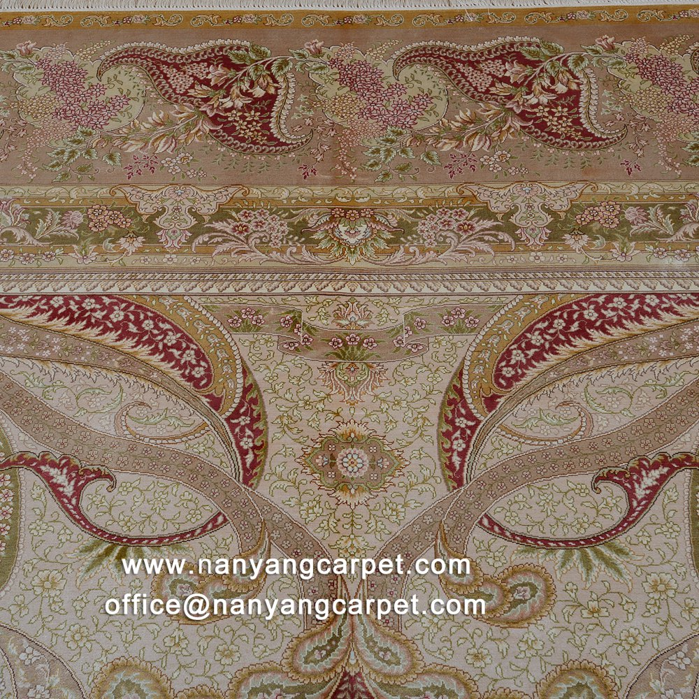 Floral design Kashmir carpet