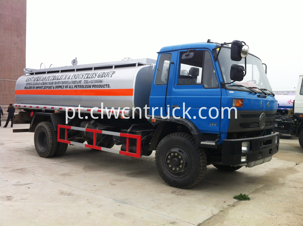 oil transport truck 1