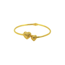 Heart to Heart 18 K Bangle