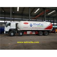 High Efficiency Factory for LPG Transport Tankers SINOTRUK 35.5 CBM LPG Transport Trucks export to French Polynesia Suppliers