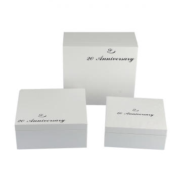 Luxury Clothing Paper Box With Lid