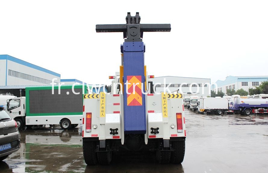 heavy towing service vehicles 3
