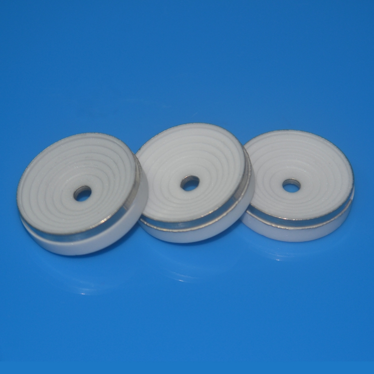 Ceramic metallizing insulator