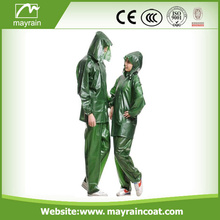 Wholesale Cheap Colorful Waterproof Plastic Rainsuits