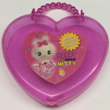 Plastic heart shaped gift box