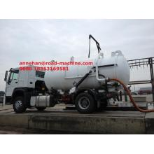 China for Vacuum Sewage Suction Truck Sinotruk Sewage Suction Truck 8-12CBM LHD 4X2 supply to Ukraine Factories