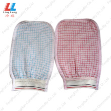 Top for Loofah Bath Gloves Gird Style Washing Bath Gloves supply to United States Manufacturer