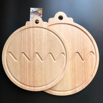 Rubber wood cutting board with well