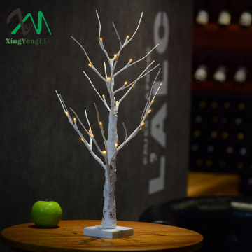 Led tree light for outdoor indoor use