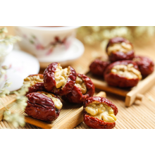 Walnut kernels in top Chinese red dates