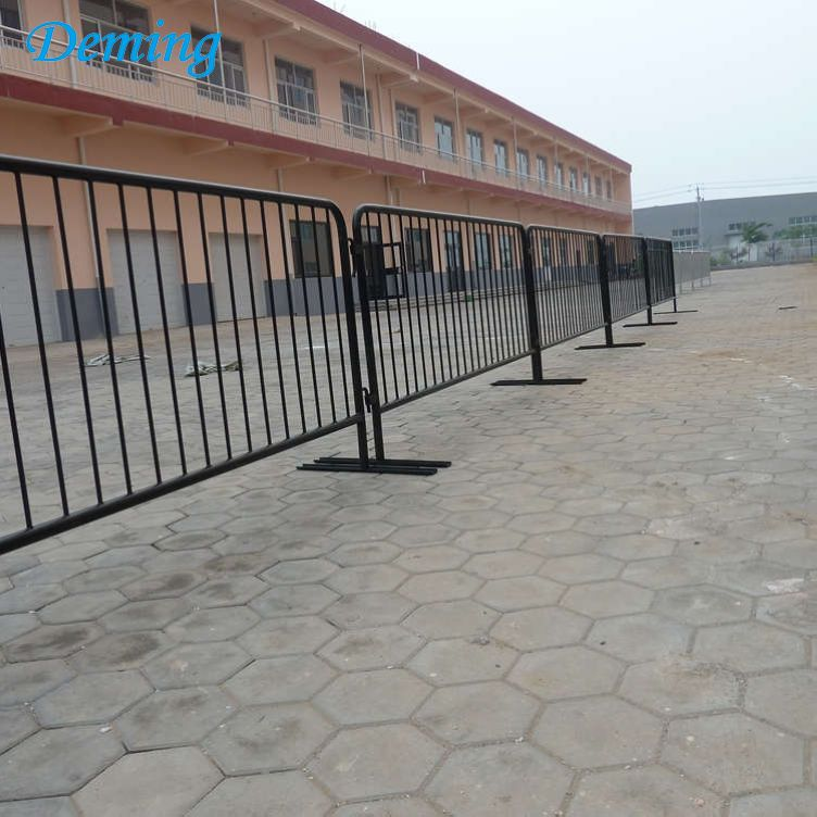 Used Powder Coated Crowd Control Barrier Road