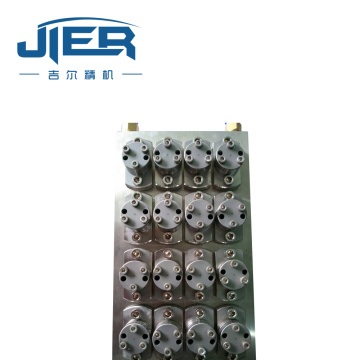 Hollow fiber membrane die head