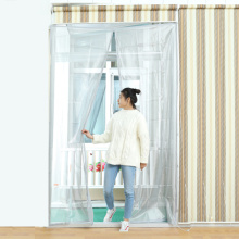 Hand free fiberglass magnetic fly door screen