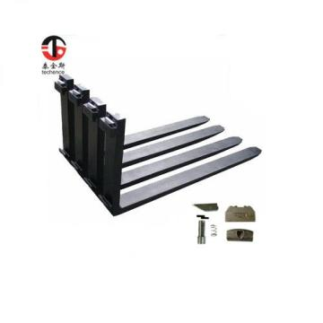 Low cost tractor pallet forks for 2.5ton loader/forklift