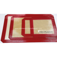 Soft and non-stick silicone mat for baking