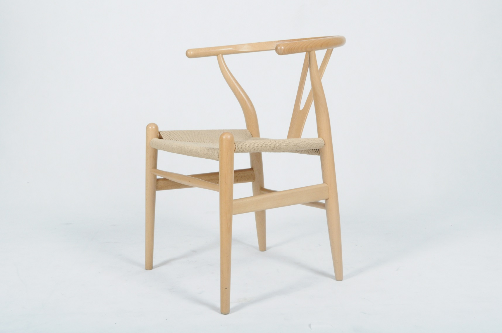 Hans wegner Wishbone chair replica
