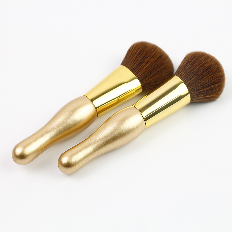 Mini flat top foundation powder brush