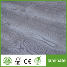 Low Cost for New Design Laminate Floor Hot Selling 10mm Oak Wood Laminate Flooring export to French Guiana Supplier