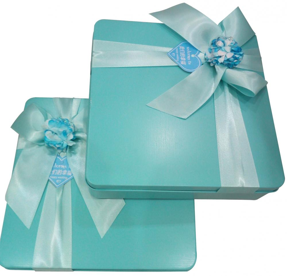 Blue Colour Biscuit Tin Box With Flower Decoration