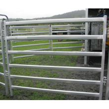 Livestock panels cattle fence