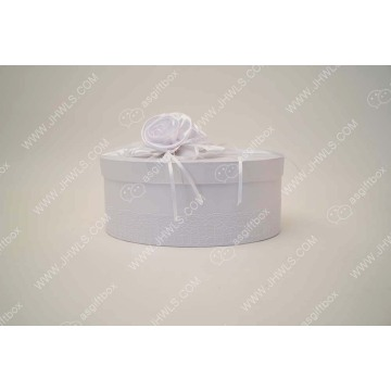 Custom White  wedding gift box With ribbon