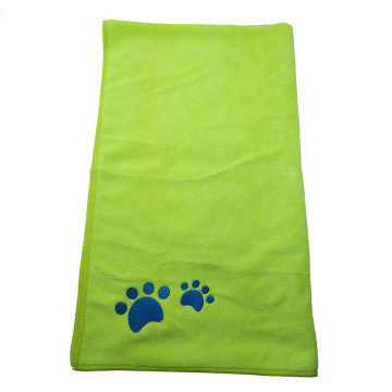 Soft Material Pet Microfiber Embroidery Bath Towel