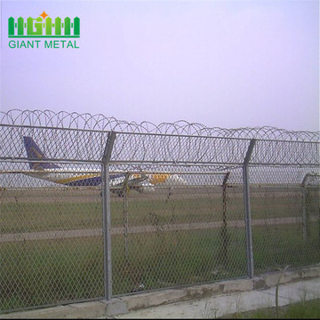 Easily assembled airport security fence