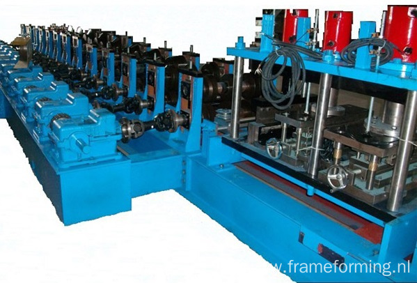 Three Wave Highway Guardrail Forming Machine