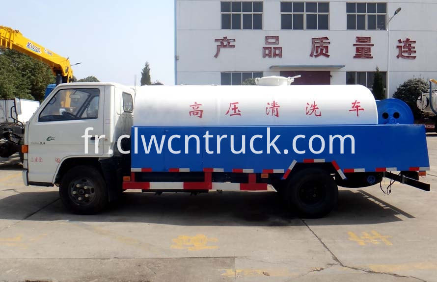 high pressure washer truck 1