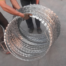 China OEM for  BTO-22 CBT-65 Concertina Blade Razor Barbed Wire Coil export to Cote D'Ivoire Manufacturers