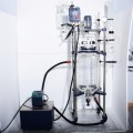 Electric heating vacuum double jacket glass reactor