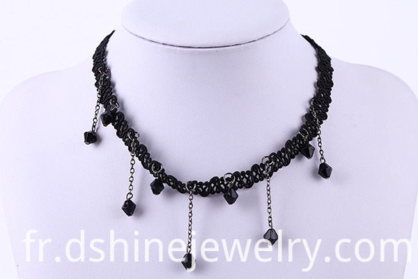 black string choker
