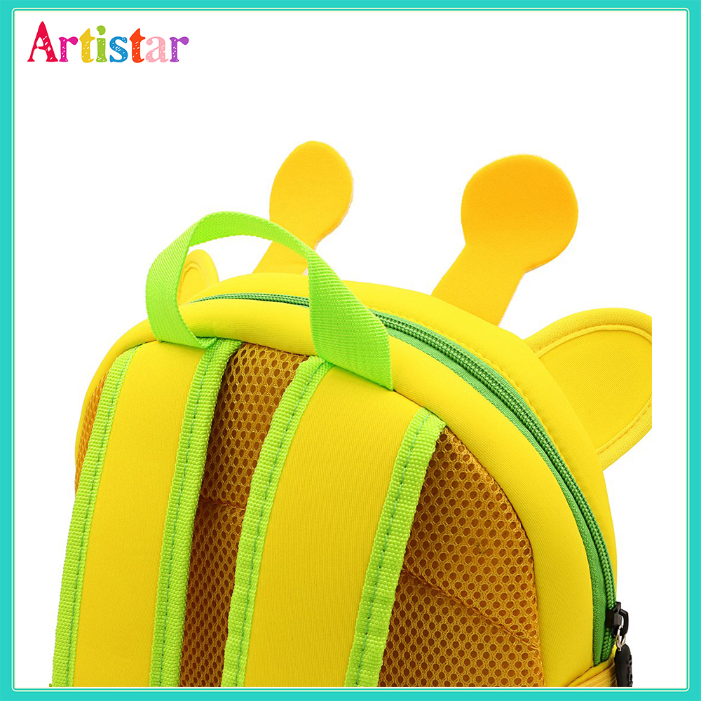 Cartoon Modelling Backpack 03 7