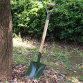 wooden handle V Plastic grip carbon steel shovel