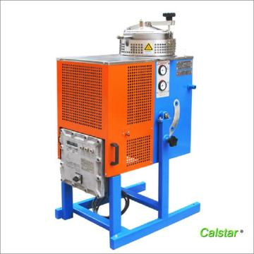 Colorful display temperature solvent reclaimer