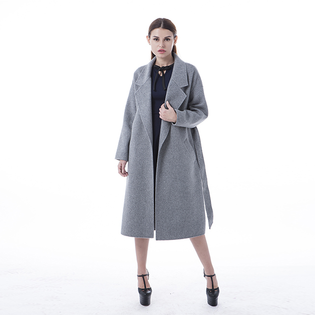 New cashmere coat with belt