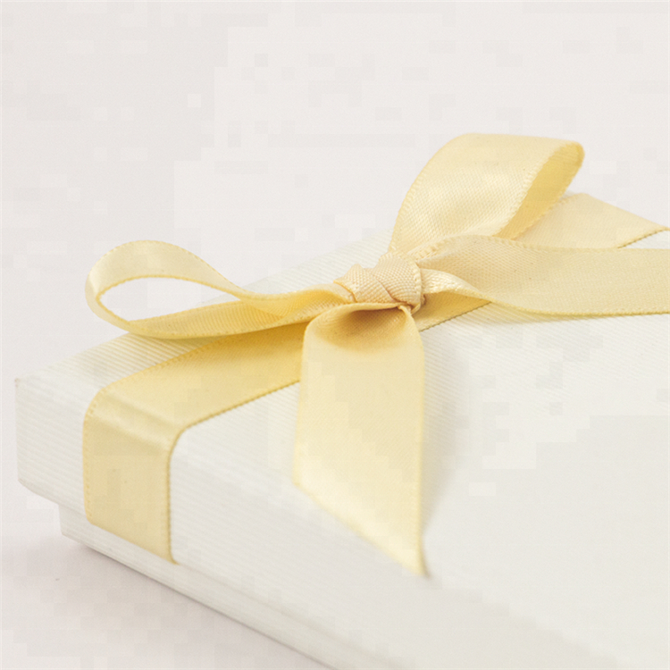 White Bracelet Jewellery Gift Box With Ribbon