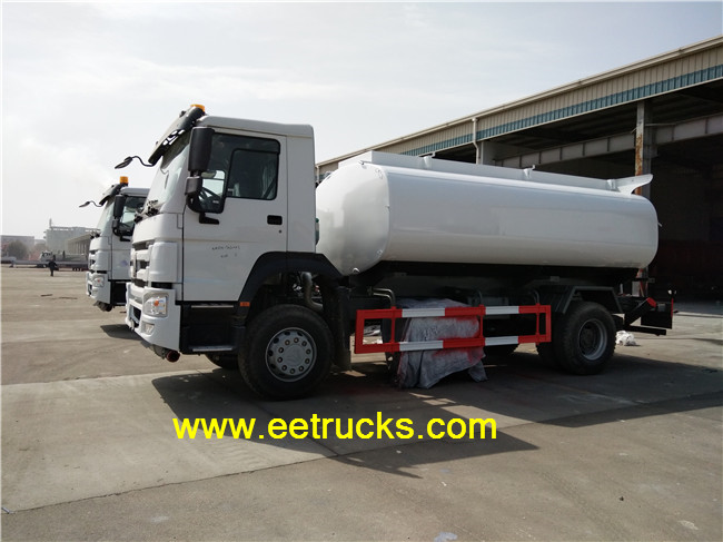 SINOTRUK Fuel Transport Trucks