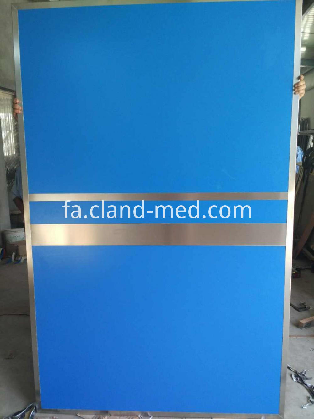 Cl Xr0025 Lead Door 3