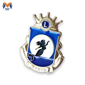 Customised crown enamel lion pin badge
