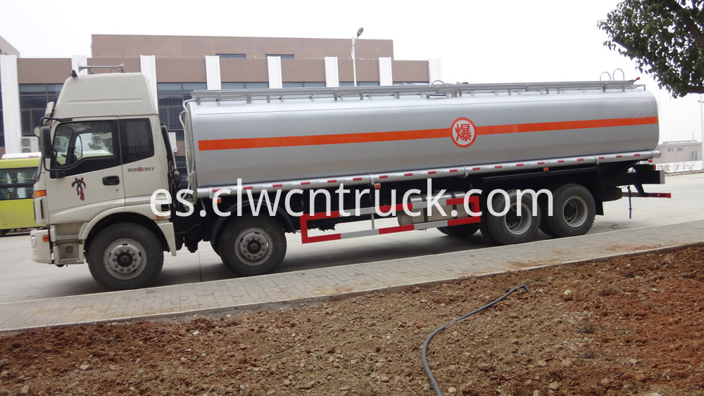 heavy duty fuel tank truck 5