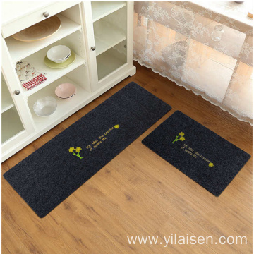 New design strong absorbert polyester embroidered carpet